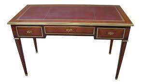 bureau style louis xvi bureau plat style louis xvi en bois de marqueté avec dessus