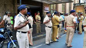 Mumbai  Cop assaulted  robbed by man he met through dating website