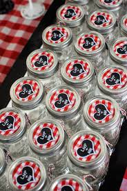 rehearsal dinner favors jackie fo white and jars a southern rehearsal dinner