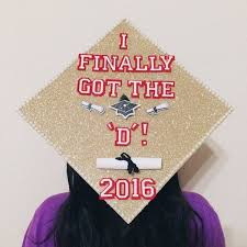 Graduation Caps Have Gotten Much More Creative Since I Graduated