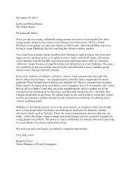 obama pardons thanksgiving turkey obama sisters show some love for turkeys peta2