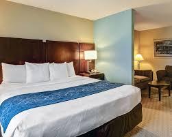 Comfort Suites Miami Springs Book Comfort Suites Springs In Springs Hotels Com