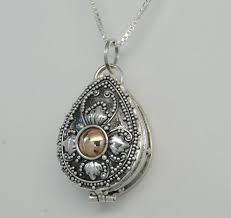 cremation jewlery best 25 cremation jewelry ideas on cremation ashes