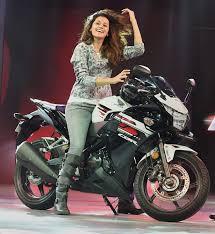 latest honda cbr bikes honda launches sports bike cbr 650f at rs 7 3 lakh in india news18