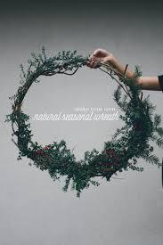 these 5 amazing christmas wreath tutorials will have your front