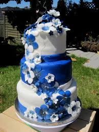wedding cakes images with royal blue and white decorating of party