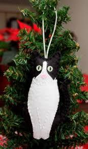 felt ornament cat personalized by feltnostalgic on etsy