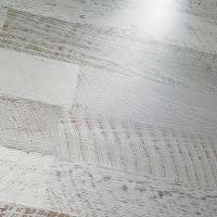 how to paint laminate flooring
