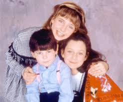 kid s how many kids did roseanne have on the show popsugar entertainment
