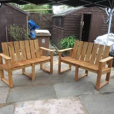 Pallet Furniture Patio by Hand Painted Pallet Bench Ideas