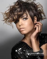 frisuren hairstyles on pinterest pixie cuts short royston blythe braun weiblich mittel curly gewellte farbige multi