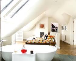 wohnideen in dachgeschoss dachgeschoss schlafzimmer einrichten spektakuläre auf moderne deko