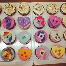 rosanna pansino of nerdy nummies my little pony cupcakes food