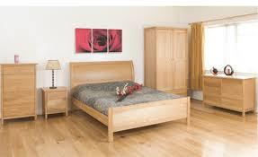Oak Furniture Set Karinnelegaultcom - Oak bedroom furniture uk