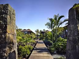 Hawaiian House Hawaiian Pavilions With Beautiful Tropical Landscape Interiorzine