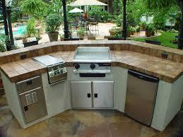 outdoor island kitchen trenton tri shape design series 10 1300 usa ibd outdoor rooms