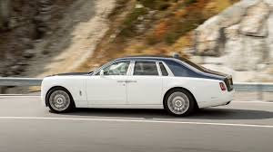 rolls royce classic phantom rolls royce phantom 2017 review by car magazine