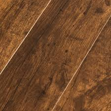 what is laminate wood flooring
