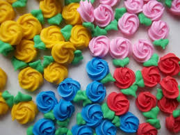 edible cake decorations mini royal icing rosettes cake decorations cupcake toppers