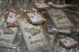 wedding favor luggage tags diy wedding favors luggage tags heels in the mud