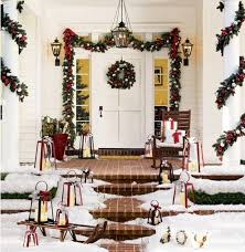 Banister Garland Ideas 10 Christmas Decorating Ideas For Your Front Porch Freshome Com