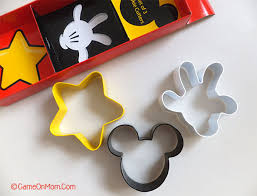 easy mini mickey mouse pizzas on