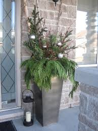 25 porch decoration ideas porch winter planter and