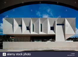 side elevation of court building palacio da justicia de gouveia