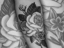 nine lives black grey neo traditional roses