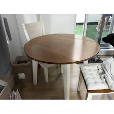 bobs furniture round dining table bob s round dining table w 2 chairs aptdeco