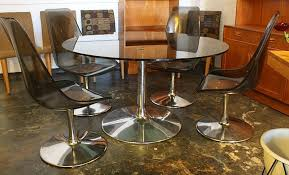 mid2mod in the store chairs and tables and glass oh my