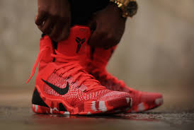 christmas kobes nike 9 elite christmas arriving at retailers dont