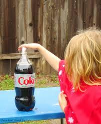 science experiment diet coke and mentos geyser preschool powol