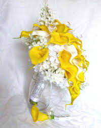 yellow calla yellow and white real touch calla lilacs and hydrangea