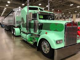 2017 kenworth w900 check out the show trucks people liked best at gats 2017