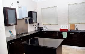 beautifully furnished and spacious kitchen for movies and tv