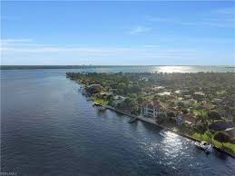 Cape Coral Luxury Homes For Sale by Cape Coral Fl Homes For Sale Cape Coral Florida Real Estate