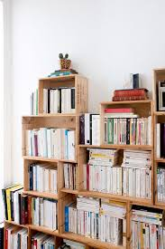 Making Wood Bookshelves by Best 25 Homemade Bookshelves Ideas On Pinterest Homemade Shelf