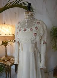 delightful wedding gown ca 1910 www antique gown com