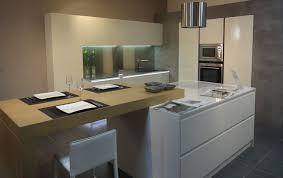 cuisine blanc laqué et bois cuisine blanc laque et bois maison design bahbe com