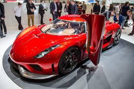 koenigsegg regera vs bugatti chiron hypercar face off bugatti chiron vs koenigsegg regera