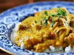 cuisiner avec du lait de coco poulet au lait de coco et curry recette ptitchef