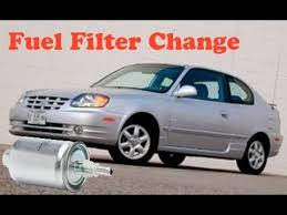hyundai accent fuel filter changing a fuel filter in a 2003 hyundia accent