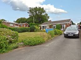 breinton hereford 3 bed detached bungalow 269 500
