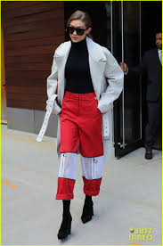 I Love Gigi Baby Clothing Gigi Hadid Dedicates A Valentine U0027s Day Fashion Statement To Zayn