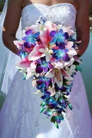 wedding flowers houston they had their wedding at the lake house inn on a blue moon a