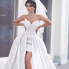 funky wedding dresses wedding dresses vineyard weddings