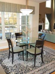 Round Rugs For Under Kitchen Table by Best 25 Transitional Dining Rooms Ideas On Pinterest