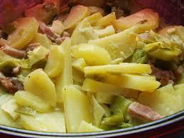 que cuisiner avec des poireaux fondue de poireaux avec ses pommes de terres lardons au micro ondes
