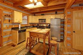 Cabin Kitchen Cabinets Gatlinburg Luxury Cabins Custom Kitchen In Lots Of Lovin